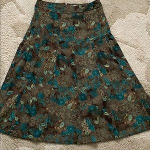 Woman's mid length skirt